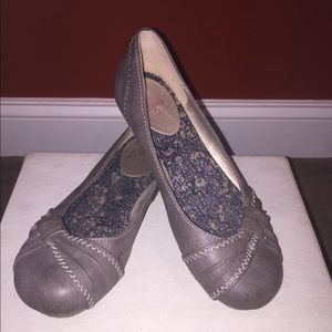 Taupe flats size 7.5 by Jellypop